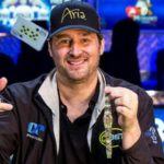 hellmuth throwing cards